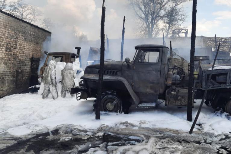 Пожар в воинской части в Рубежном: число пострадавших увеличилось, ГБР открыло дело