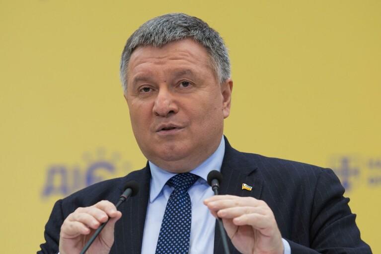 В Мариуполе и Бердянске усилят базы морской охраны: Аваков раскрыл детали