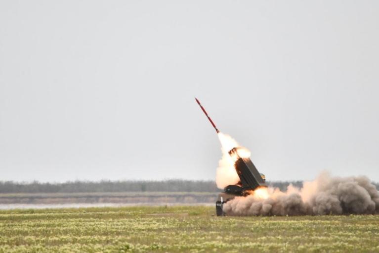 """В Украине успешно испытали реактивные снаряды """"Тайфун-1"""" (видео)"""