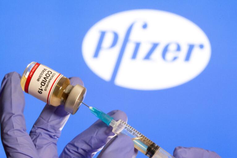 Израиль отправит Украине 10 млн доз вакцины Pfizer, — нардеп