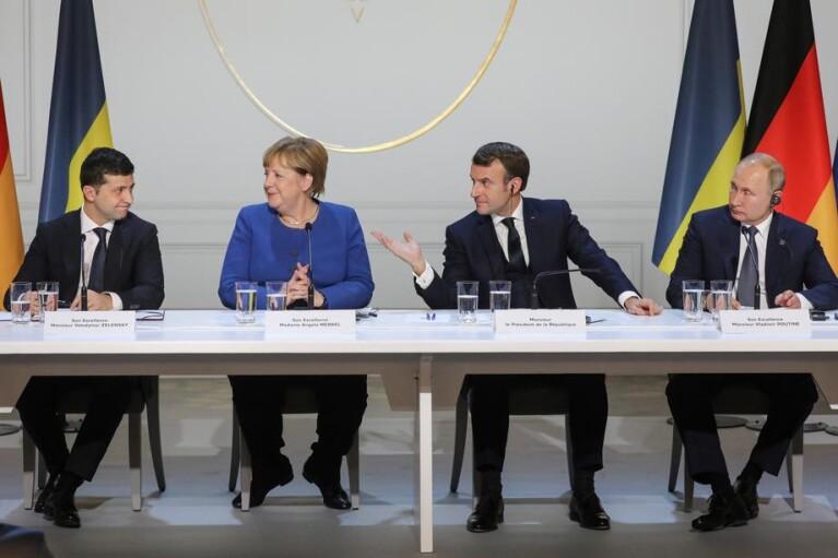 """Год """"поиска мира на Донбассе"""" прошел. Что теперь Зеленскому делать с Путиным"""