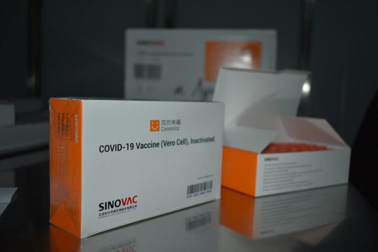 Степанов про COVID-вакцинацію: Україна отримала в 5,5 раз менше доз від законтрактованого