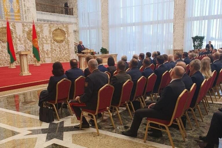 Лукашенко провів церемонію інавгурації, незважаючи на протести білорусів