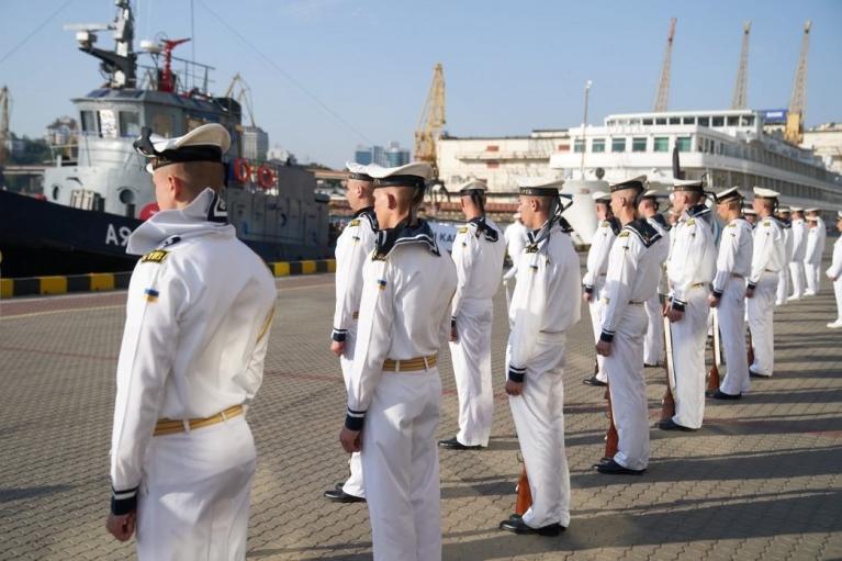 Моряки без роботи. Кому вигідні блокування держреєстрів і параліч морської галузі України