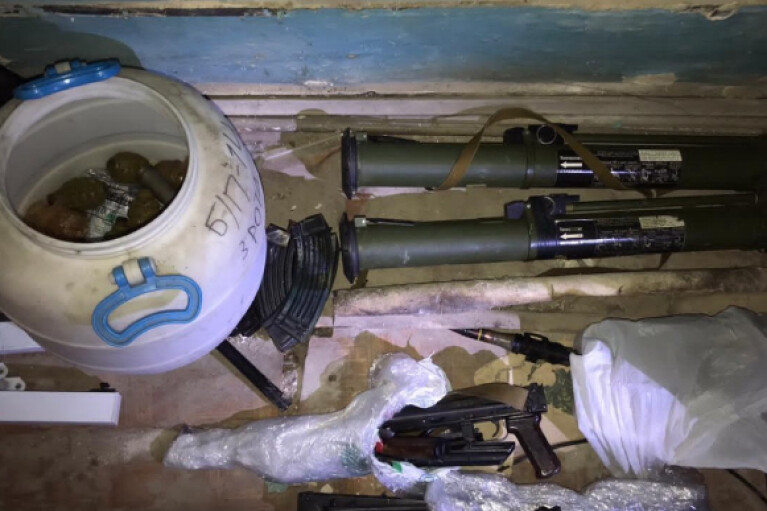 СБУ нашла серьезный арсенал оружия в здании Нацакадемии в центре Киева (ФОТО)
