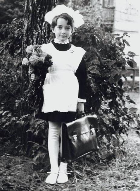 Олена Лукаш, перший клас / elena-lukash.com