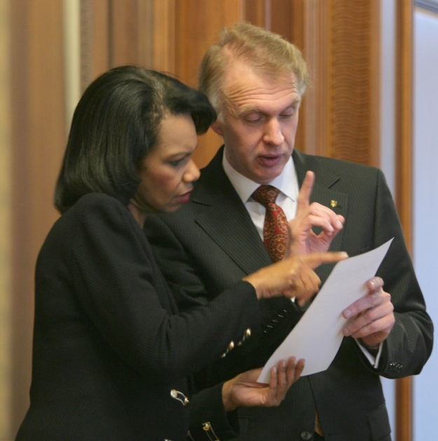 Кондолиза Райс и Владимир Огрызко