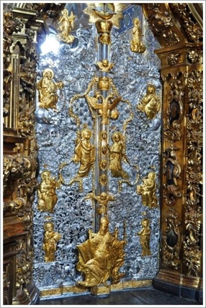 Реставрированные в Польше серебряные Царские врата иконостаса Софийского собора в Национальном заповеднике «София Киевская»
