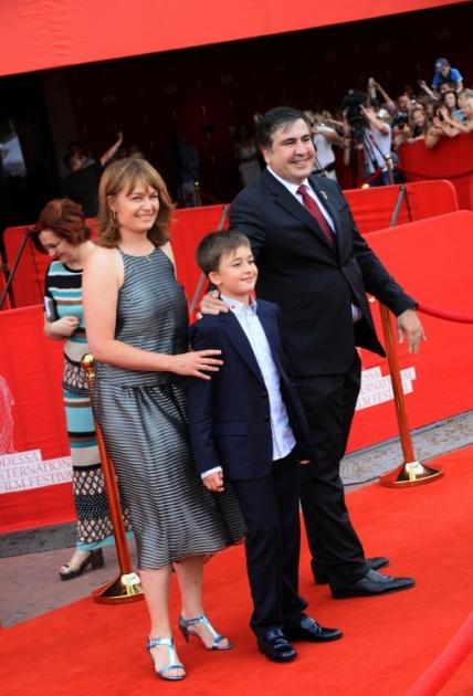 Михайло Саакашвілі та Сандра Рулофс з сином