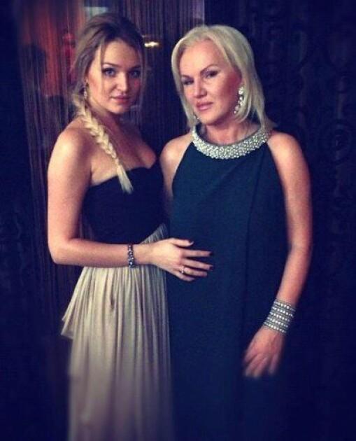 Старшая дочь Алла с матерью – первой женой Михаила Добкина / Instagram Аллы Добкиной