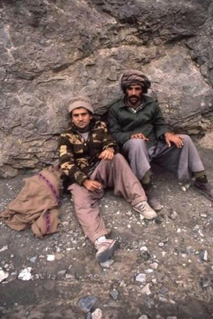 Савік Шустер (ліворуч) з моджахедом на перевалі