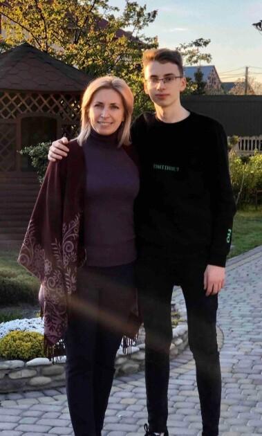 Ірина Верещук з сином/Facebook