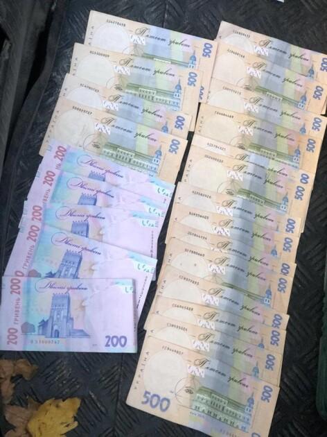 Гроші, що були вилучені правоохоронцями
