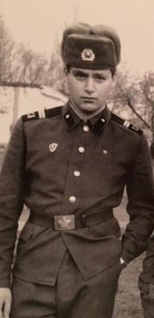 Михаил Добкин в армии
