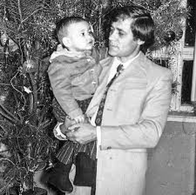 Руслан Рябошапка с отцом Георгием / /vesti.ua